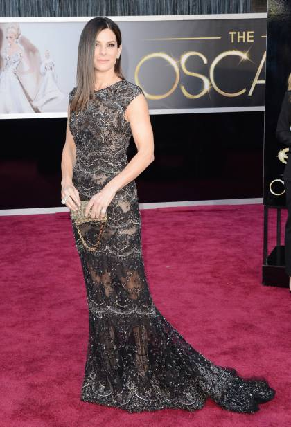 oscars-2013-sandra-bullock-red-carpet