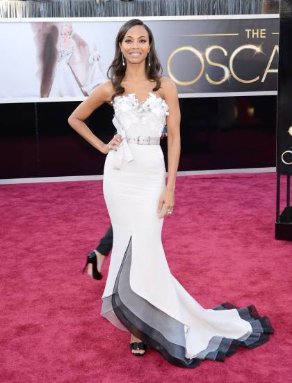 oscars-2013-zoe-saldana-red-carpet