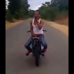 Video: Motorista multitasking